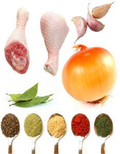 Куриные голени, луковица, специи, лавр, чеснок