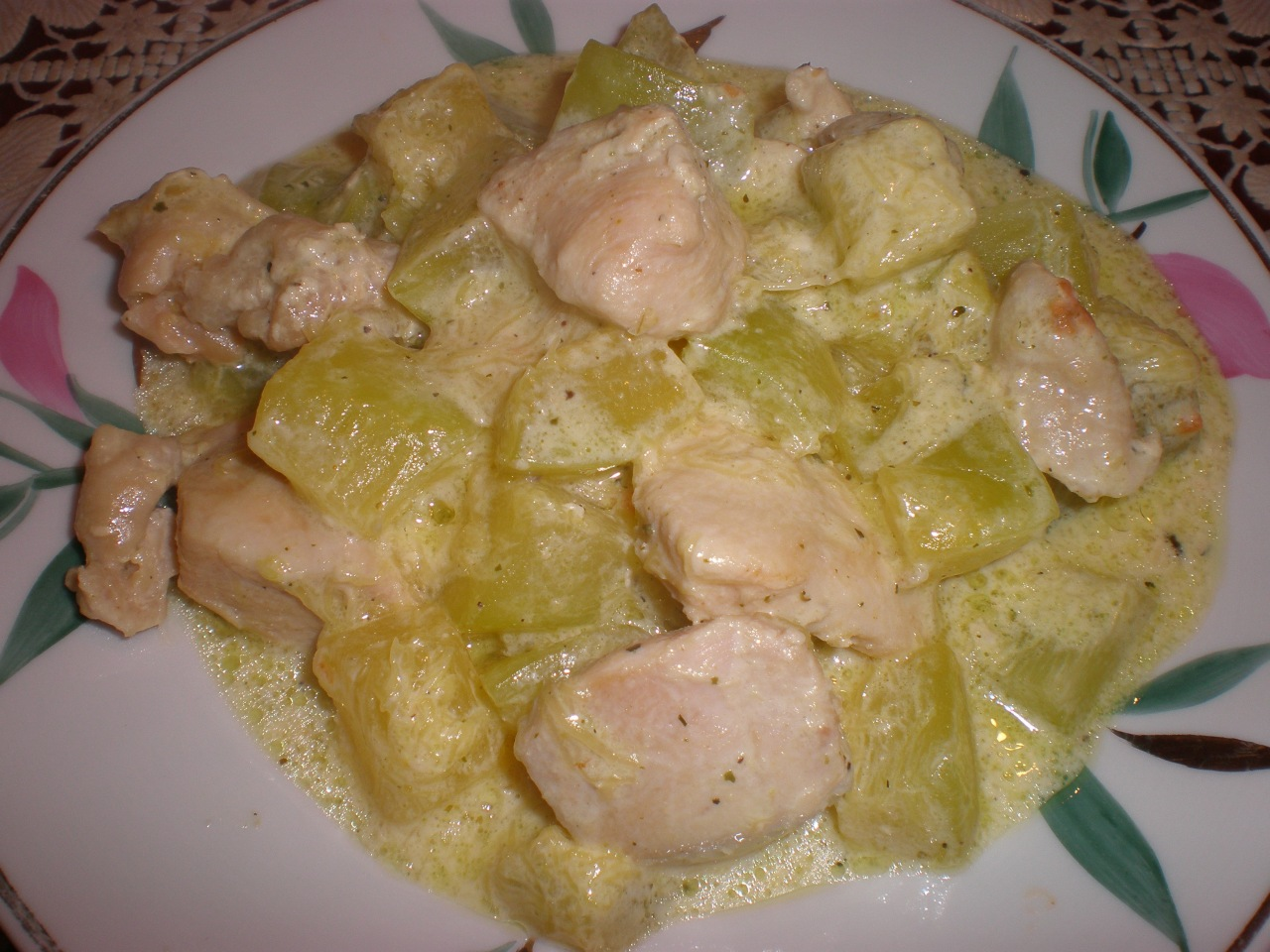 Кабачки дольками с курицей в духовке рецепт пошаговый