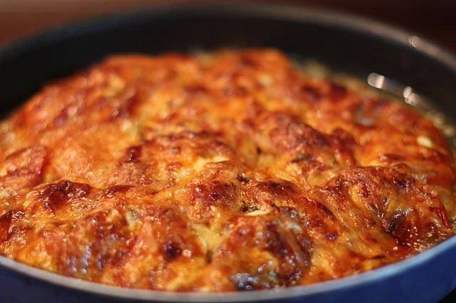 запеканка из свиного мяса под сыром