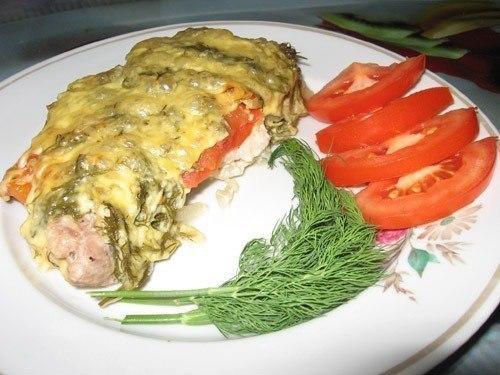 Отбивные из свинины с помидорами и сыром в духовке со свежим укропом