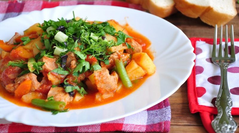 филе индейки в духовке с овощами