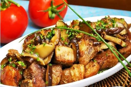 свинина в духовке с баклажанами
