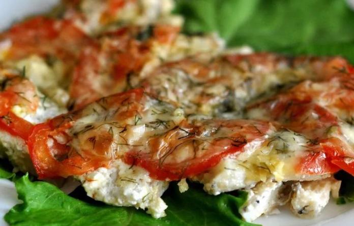 помидорами и сыром в духовке