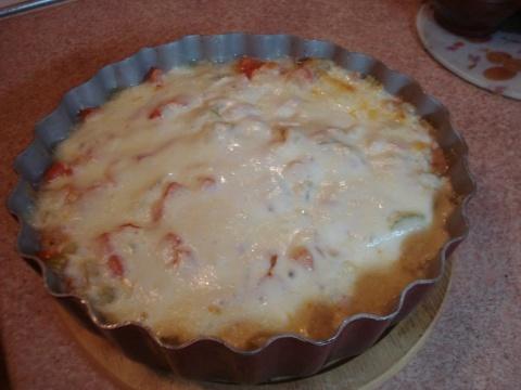 Палтус, запеченный с овощами и сыром