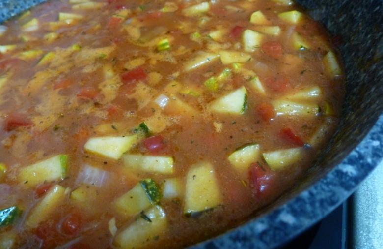 Готовый соус-подливка из овощей